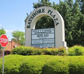 Bayshore Plaza – Huntersville, NC